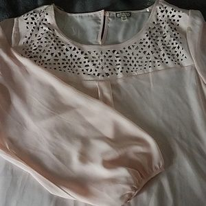 Baby pink blouse with leather details